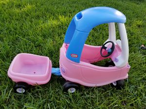 Little tikes princess cozy coupe with trailer for Sale in Coral Springs, FL