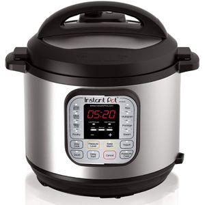 Instant Pot DUO60 6 Qt 7-in-1 for Sale in Los Angeles, CA