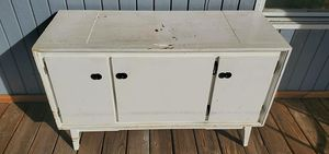 Vintage console tv stand entry sofa table for Sale in Davie, FL
