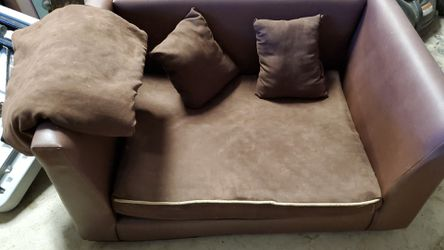 X-large cushioned dog couch for Sale in San Diego,  CA