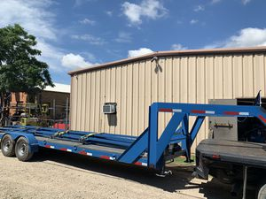 32' gooseneck dove tail for Sale in Lewisville, TX