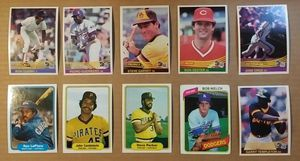 1981-84 Baseball Cards 800 Count Box In #12 for Sale in Brookfield, IL