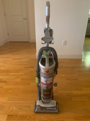 Hoover lift vacuum cleaner $65 (like new) for Sale in Belmont, MA