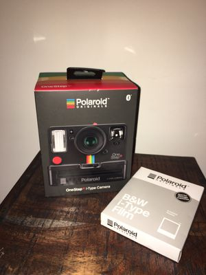 Poloroid one step+ I-type Camera for Sale in Easton, CT