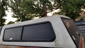 Snugtop camper shell for 1973-1987 Chevy short bed pickup for Sale in Los Angeles, CA
