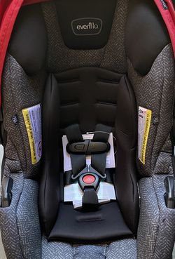 Car Seat evenflo Lite max 35 New for Sale in Fresno,  CA