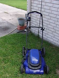Lawnmower Electric (110 Volt corded) for Sale in Tampa, FL