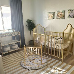 Crib And Changing Table for Sale in Victorville, CA