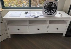 Tv stand and drawers for Sale in San Francisco, CA
