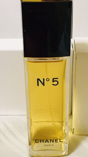 CHANEL NO 5 - EAU DE TOILETTE - 3.4 OZ for Sale in Lorton, VA