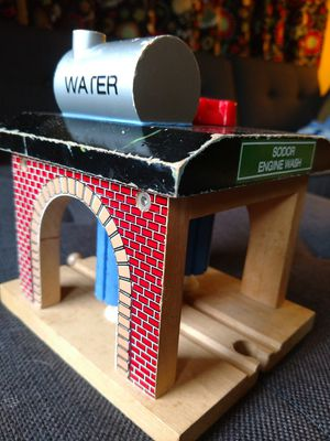 Thomas and Friends Train wooden track set Sodor Engine Wash limited edition for Sale in Princeton, NJ