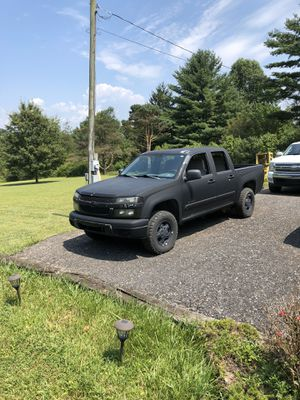 05 Chevy Colorado 4X4 $1,400 for Sale in Pine Grove, PA