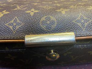 Louis Vuitton Messenger Bag for Sale in Mount Prospect, IL