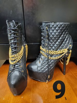 Black heel boots with gold chain for Sale in Brighton, CO