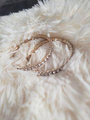 Gold diamond hoop earrings for Sale in Fontana, CA