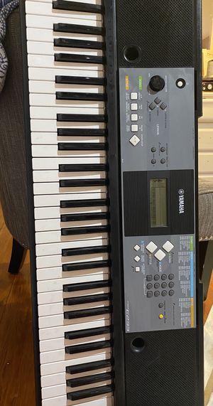 Keyboard/ piano for Sale in Hewlett, NY