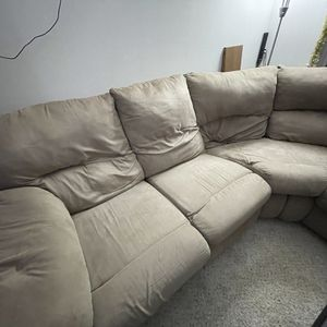 5 Seater Sectional Recliner Couch (free) for Sale in Newport News, VA