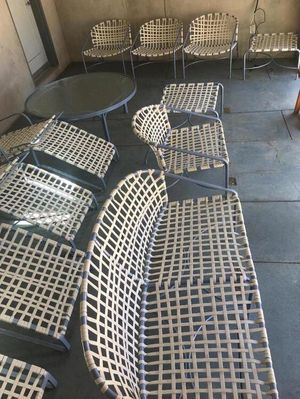 PATIO FURNITURE 16 PIECES SEATING AND TABLES for Sale in Los Angeles, CA