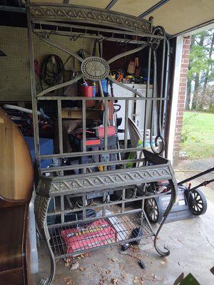 Baker's wreck wine rack for Sale in Suffolk, VA