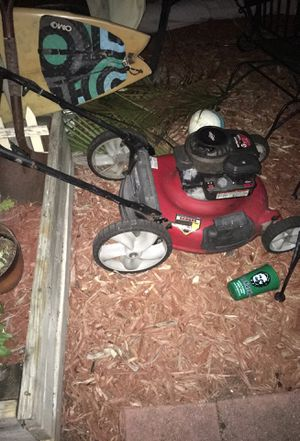 Briggs and Stratton 158cc lawnmower for Sale in Fort Lauderdale, FL