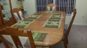 Oak dining table and chairs for Sale in Orlando, FL