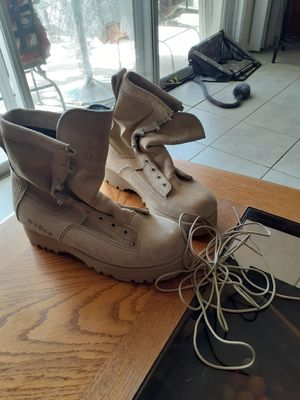 Size 6 R womens Vibram wellco military boots for Sale in Orange Park, FL