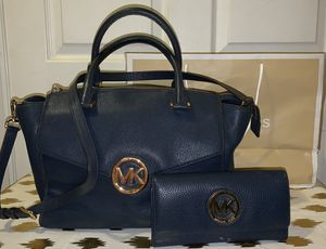 Michael Kors Purse & Wallet Navy Blue for Sale in Montebello, CA