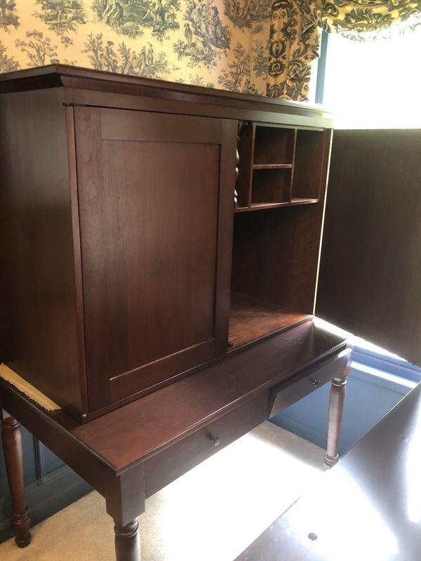 Mahogany Wood Office furniture