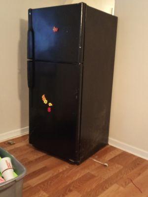General electric refrigerator for Sale in San Antonio, TX