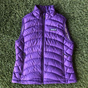 PATAGONIA Zip Up Down Vest Puffer Jacket Purple Womens Small for Sale in San Diego, CA