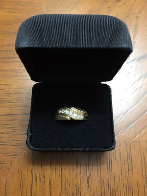""" TRIED ON ONCE !!! ( MINT CONDITION !!! ( 14 K MENS GOLD BAND / w 1/2 CARAT OF DIAMOND !!!!! ( MENS SIZE 9 ) * LIMITED TIME SALE !!!!!!! for Sale in Orlando, FL"