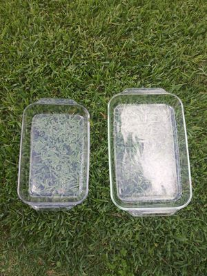(2) Vintage Pyrex Corning (233 R/234 R) Glass Baking Dishes for Sale in Houston, TX