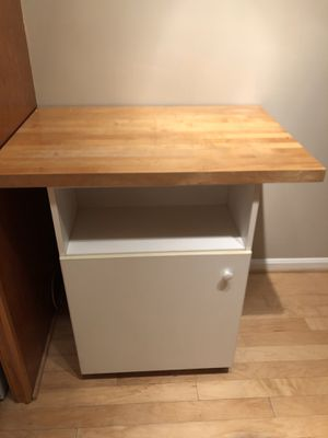 Rollable Kitchen Island for Sale in Alexandria, VA