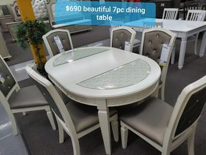 ☆ BEAUTIFUL DINING TABLE ☆ for Sale in Running Springs, CA