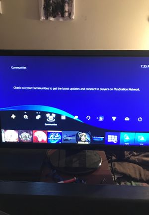Ps4 slim 1 terabyte memory with controller and games for Sale in Federal Way, WA