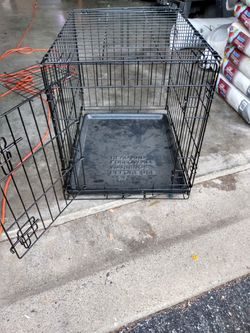 24 inch bye 20 inch dog kennel for Sale in Brownsburg,  IN