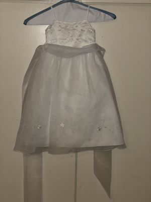 David's bridal 2T flower girl dress for Sale in San Antonio, TX