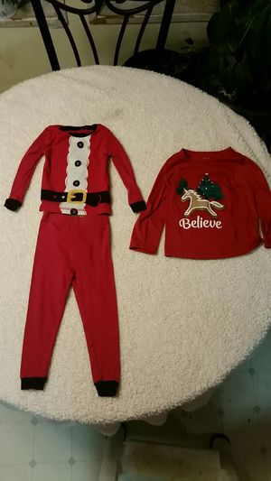 2T Christmas clothing for Sale in Atwater, OH