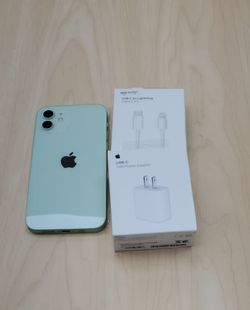 "iPhone 12 128GB FACTORY UNLOCKED"" Like new with warranty for Sale in Silver Spring,  MD"