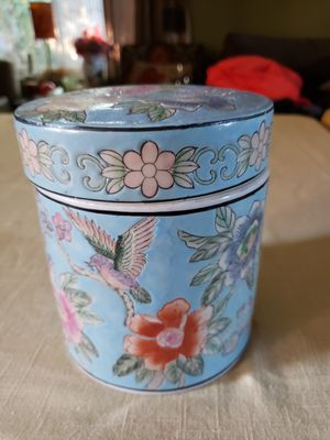 Beautiful Canister for Sale in Riverbank, CA