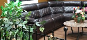 Beautiful Leather Couch! 6 months old! for Sale in Norfolk, VA