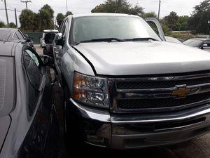 2012 chevy silverado 4 door wrecked for Sale in Sunrise, FL