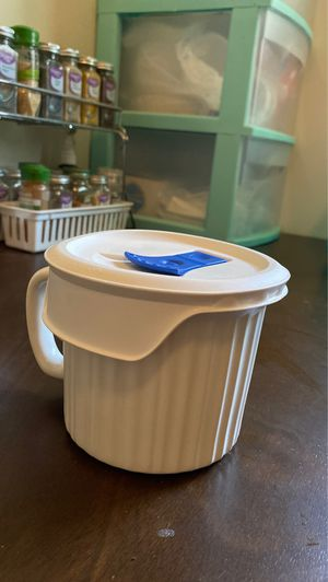 CorningWare French White Stoneware - 20 oz for Sale in Ithaca, NY