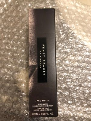 Fenty foundation new in box for Sale in Los Angeles, CA
