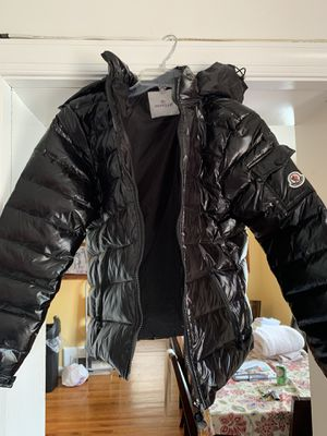 Moncler puffy coat for Sale in Adelphi, MD