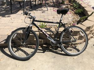 KHS mountain bike for Sale in San Diego, CA