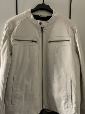 Vince Motto white leather jacket for Sale in Fort Worth, TX