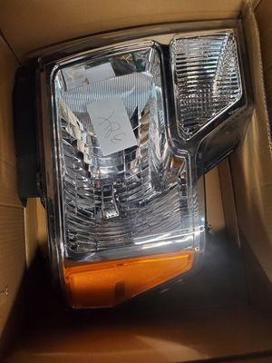 Ford f150 headlight assembly for Sale in Roy, WA