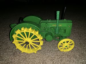 John Deere Green and Yellow Tractor for Sale in Temecula, CA