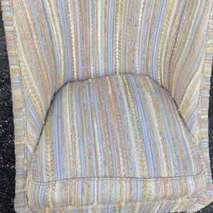 Free Chair for Sale in Fort Myers, FL